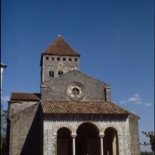 Vue du porche de l'Eglise Saint-André