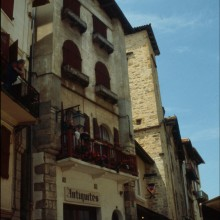 Rue de la République, aperçu du restaurant Pasaka (n°9)